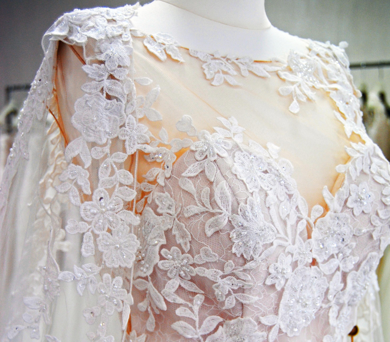 5967f9b4959e ... insieme sceglieremo l abito più bello per la sposa più bella. dea spose  atelier. TUTTO QUELLO DI CUI HAI BISOGNO