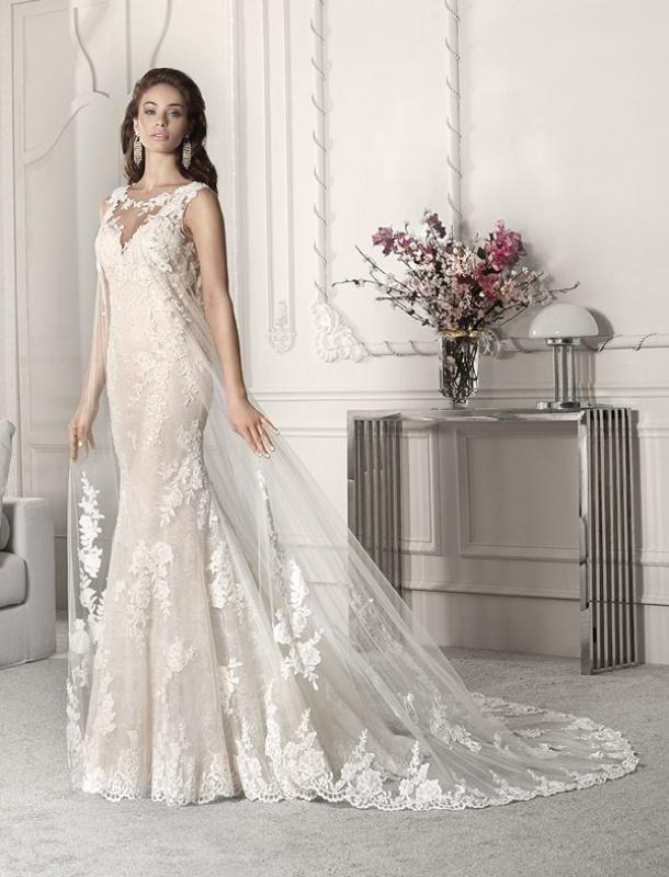Vestiti Da Sposa Zingara.Wedding Dress Busto Arsizio Dea Spose Atelier Abiti Da Sposa