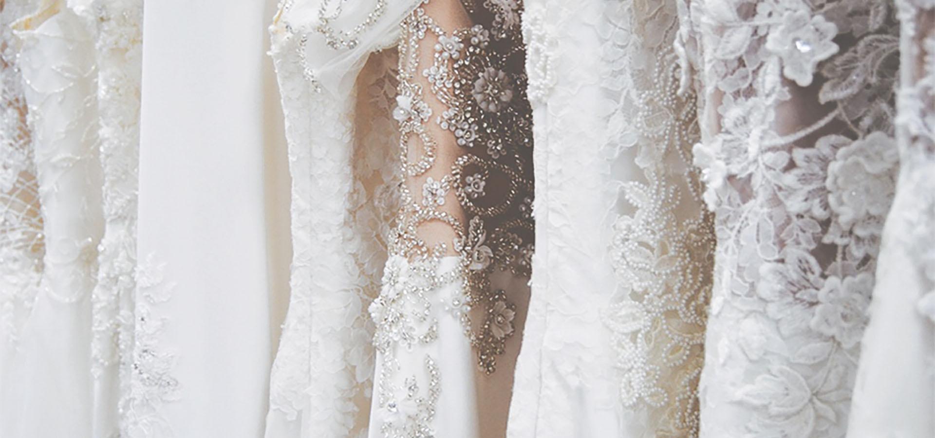 Atelier Vestiti Da Sposa.Atelier Dea Spose Dea Spose Atelier Abiti Da Sposa
