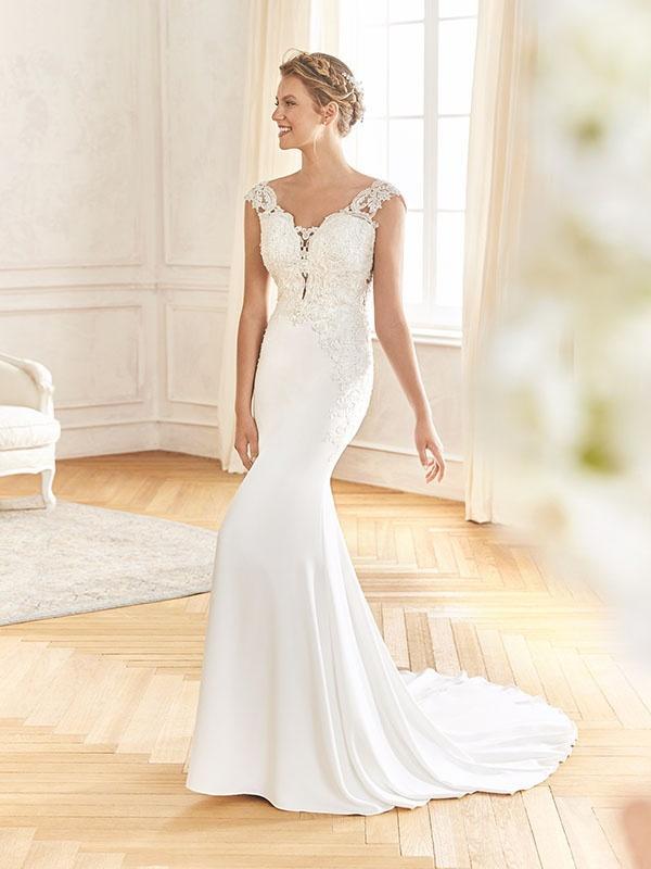 Vestiti Eleganti Novara.Abiti Da Sposa St Patrick Novara Dea Spose Atelier Abiti Da Sposa